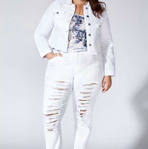 MBLM | Cropped White Denim Jacket